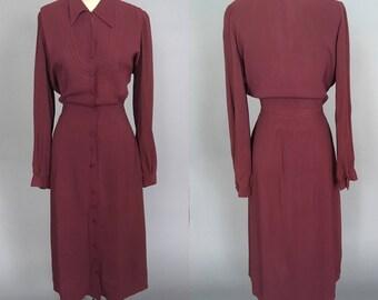 Large 1940s rayon dress