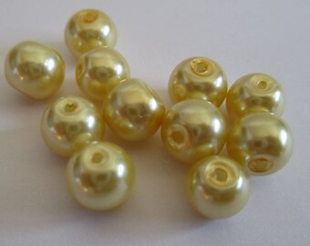 10 yellow pearl beads, painted glass 8mm (D-10)