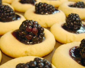 Blackberry Jam Butter Cookie (clam shell)