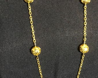 Gold plated necklace with gold beads