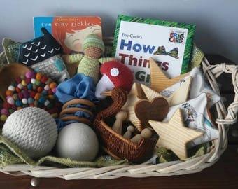 Montessori Baby Basket, Waldorf Baby Shower, Baby Toys, Loose Parts