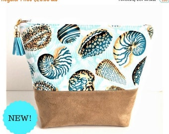 Seashell Bag - Large Makeup Bag - Gift for Her - Beach Pouch - Large Cosmetic Bag - Women's Birthday Gift - Large Zipper Pouch - Make Up Bag