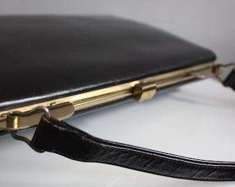 Vtg 60's Black Leather Clasp Handbag