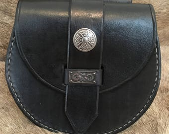 Hand made leather Sporran style Viking belt pouch
