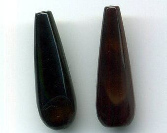 2 agate beads two holes (drilled vertically), 30 x 10 x 10 mm