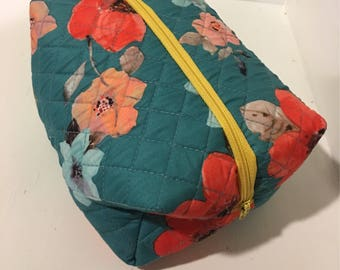 Cosmetic Bag with Waterproof Lining!