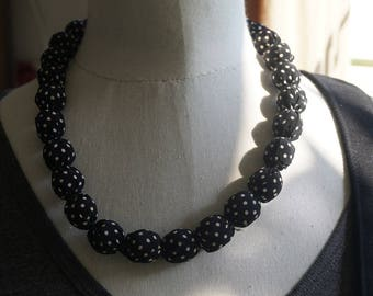 Necklace black and white balls with polka dots