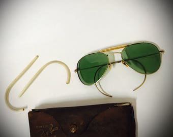 Vintage Ray Ban Bausch & Lomb anti glare aviators gold with green lenses original brown leather case