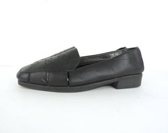 80s Black Leather Loafers Perforated Cut Out Slip On Shoes Low Heel Comfort Walking Shoes Soft Leather Shoes Womens 7.5 M