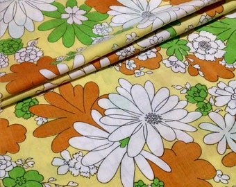 Full Flat Vintage Flower Power Bedsheet