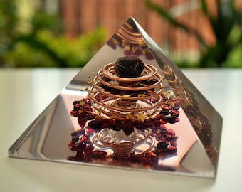"Powerful Orgone Pyramid - garnet, almandine, quartz, vortex coil (10cm, 4"") Wealth, Money, Sexuality, Reiki -  organite"