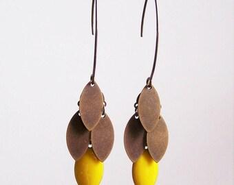 Navette cluster earrings lemon yellow and bronze