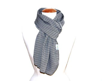 Woman flowing scarf / scarf woman fluid & lightweight - diamond black and white