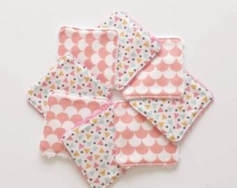 Lot de 8 lingettes demaquillantes / debarbouillantes lavables (écailles et triangles)