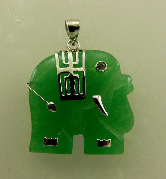 Green Jade 23.8mm x 23.2mm Elephant Pendant and Ruby Eye set in Sterling Silver