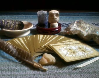 Intuitive Tarot Reading - 10 Card Spread