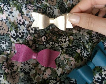 """Small knot """"Nomad"""" leather brooch"""