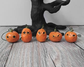 Set of 5 Jackolantern Pumpkin Ornaments with Glittery Black Eyes