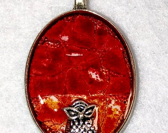 """1"""" Eggshell Mosaic Silver oval bezel with embedded charm (#115)"""