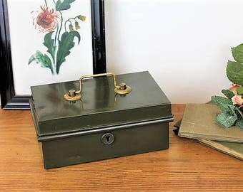 Vintage Money Box/Vintage Metal Coin Box/Vintage Metal Cash Box/ (Ref1962B)