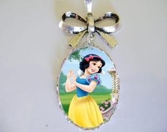 Princess Snowwhite glass cabochon pendant