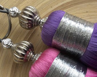 Duo of tassels made of silk pink and purple