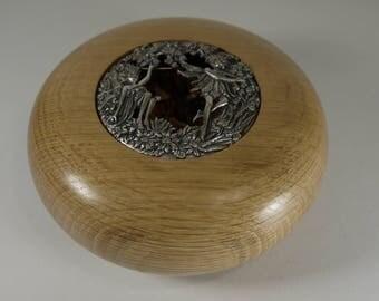 Pout-pourri in Oak wood