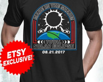 New 2017 Solar Eclipse T-Shirt Mens and Womens Sizes Black and Navy Color Limited Edition