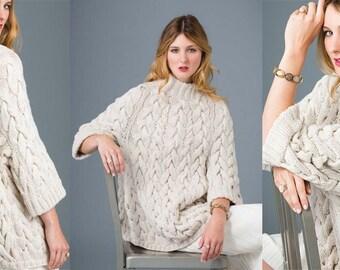 Oversize sweater knit sweater made of 100% wool (merino wool)
