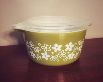 Vintage Pyrex Spring Blossom, Crazy Daisy Casserole 1 Qt Dish 473 with Lid