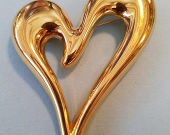 Vintage Monet Goldtone Heart Brooch, Vintage Monet,  Monet, Pin, Brooch, Heart Brooch, Heart Pin