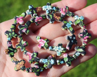 2 CROSS MULTICOLORED FLOWERS 16 X 12 X 4 MM TURQUOISE BEADS.