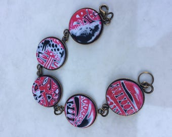 Bracelet cabochon polymer red black and white