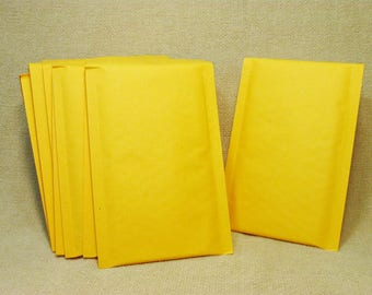 "25 #000 4""x 7.5"" Kraft Bubble Mailers Padded Envelope"