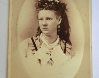 CDV Photo Pretty Victorian Woman Great Hair Victorian Jewelry Troy, NY Back Side Cherubs