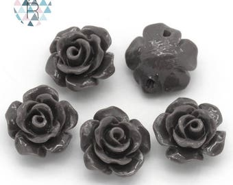 5 beads in the shape of flower gray resin 10mm