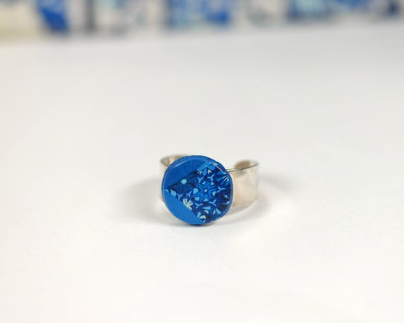 Cabochon blue electric 'Agathis', Adjustable ring in 925 Silver ring