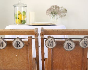 Mr & Mrs Chair Sign, Mr and mrs Banner, Mr and Mrs Head Table Sign, Mr and Mrs Sweetheart Table, Rustic Wedding Decor, Wedding Chair Sign