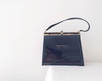 Vintage minimalist handbag/ top handle bags