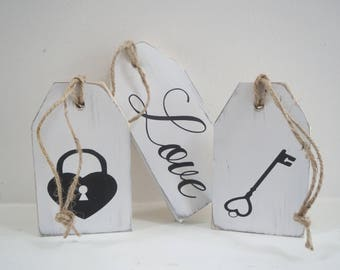 Wood Painted Tags/Love Wood Tags/3 Set Love Wood Tags