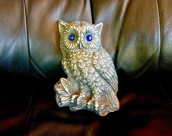 Owl on a Log wall plaque/desk,shelf Ornament/ Paper Weight