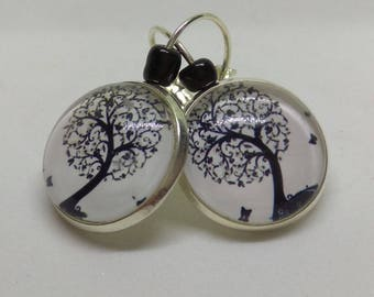 loop earrings 925 sterling silver cabochon, black and white tree of life
