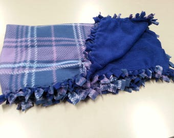 Cute Medium Hand-Tied Pet Blankets (purple plaid)