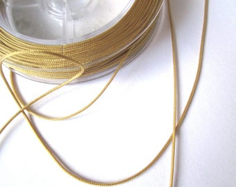 Amber 1 meter of 0,5mm nylon thread