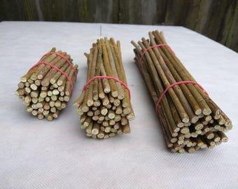 Willow twigs, Straight willow sticks, Willow, bundle, stick bundle, Natural decor, DIY supply, Craft supply, Rustic decor, Pet chew sticks