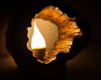 Wooden lamp with maple