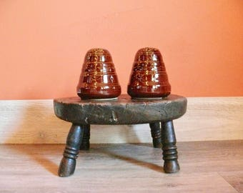 Marcrest Brown Daisy Dot Beehive Salt & Pepper Set, Colorado Brown, Marcrest Old Fashioned Ovenproof Stoneware Country Farmhouse Kitchen