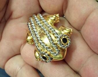 VINTAGE very nice  frog pendant Brooch/p3