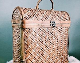 Vintage Woven Rattan Fishing Basket w/ Lid + Lock / Woven Basket with Lid + Handle