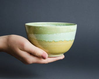 May green cereal Bowl ceramic / / dish for breakfast, snacks or soup / / cereal Bowl, tea bowl, soup bowl weel